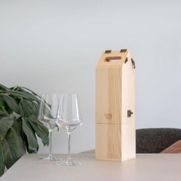 Caja madera fsc regalo botella vino y lampara 2